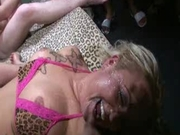 German cumslut gets a face full
