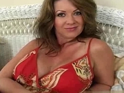 Raquel Divine Milf Creampie