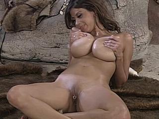 Ashley Juggs 1