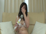 Bootylicious Japanese girl Momo Akiyama plays with vibrator