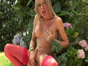 Outdoor tranny masturbation in stockings