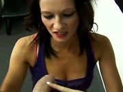Harsh handjob from Nikita Law