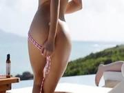 Luxury naked leila having fun