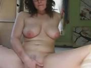 Brunette Babe Masturbates on Cam