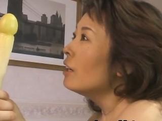 Hitomi Kurosaki mature Japanese woman enjoys sex 2 by JapanMatur