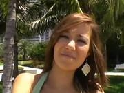 Teen girl learns to deepthroat