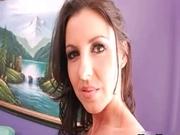 Natural brunette Latina Maria Belluci