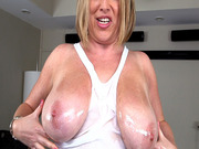 Plump whore Maggie Green gets her big tits worshipped
