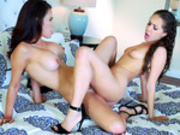 Lesbian tribbing action with Jenna Sativa and Vanessa Veracruz