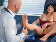 Arch Support starring Olive Glass and Johnny Sins - Doctor Adventures