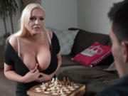 Queen vs Pawn Starring Jordan Pryce and Jordi El Niño Polla
