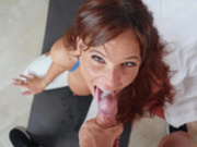 Syren De Mer let's her personal trainer cums in her mouth
