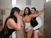 Tip The Waiter Again with Rose Monroe - Reality Kings HD