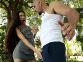 Sweet Salsa with Victoria Vargaz - Reality Kings HD