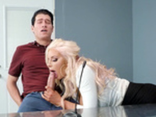 Mind Blowing with Nicolette Shea - Brazzers HD