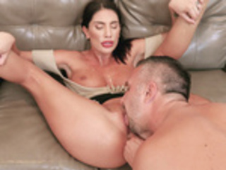 August Ames threw legs back and got her holes licked by Keiran