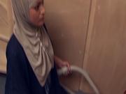 Salima Akim s en prend plein le cul pour le Beurette Tour